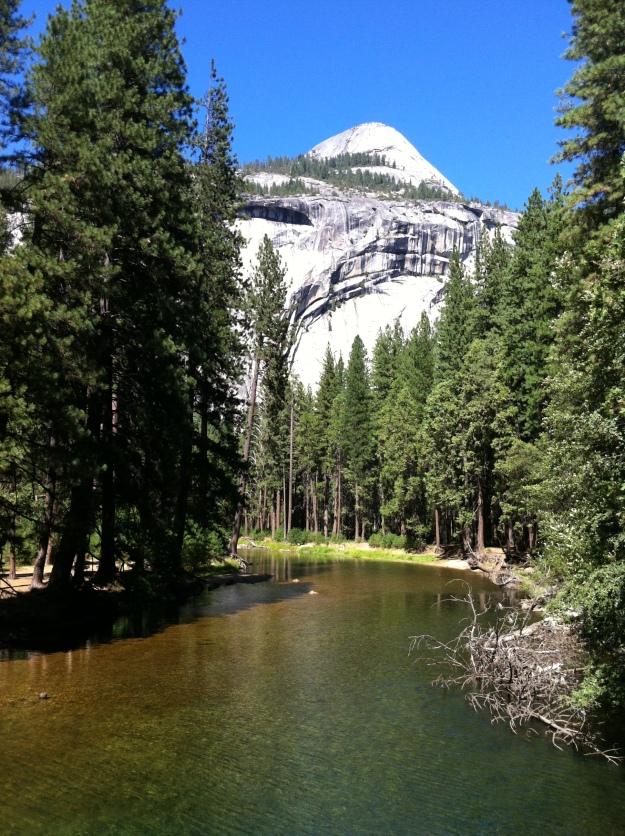 yosemite-park-merced-river