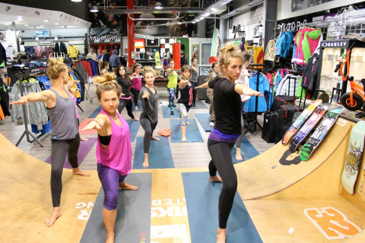 pink-pack-bazar-session-montpellier-layla-yoga-20