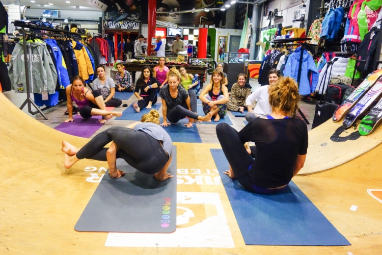 pink-pack-bazar-session-montpellier-layla-yoga-27