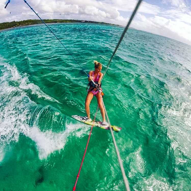 kite_girl_guadeloupe_pink_pack_travel-edit