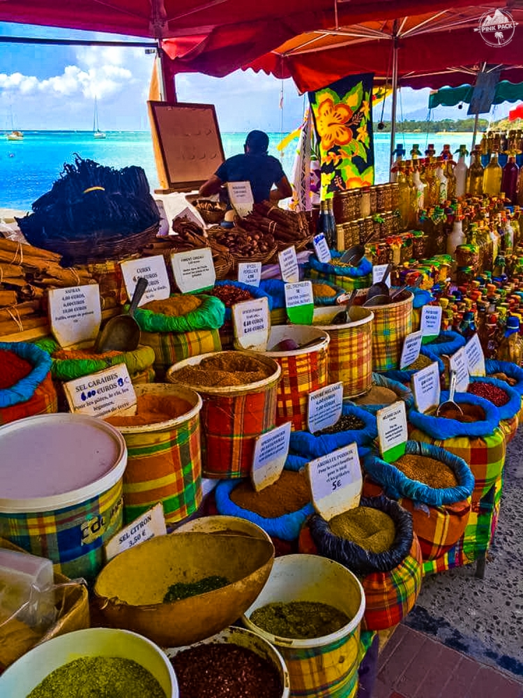 marche_st_anne_guadeloupe_pink_pack_travel-edit